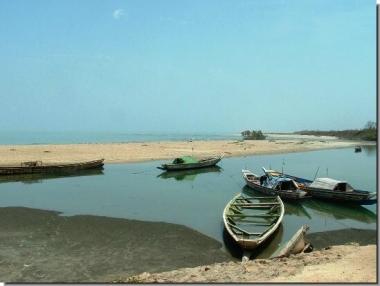 Tanji fishing village